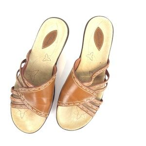 Clarks Women's Slip on Leather Sandals Size 9.5